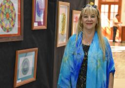 "Legislatura RN: Exponen ""Mandalas, pinturas para el alma III"""