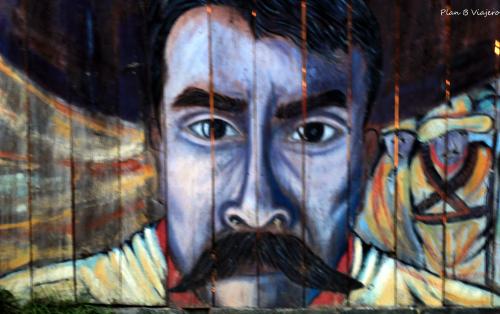 A o nuevo zapatista for Donde esta el mural de adan zapata