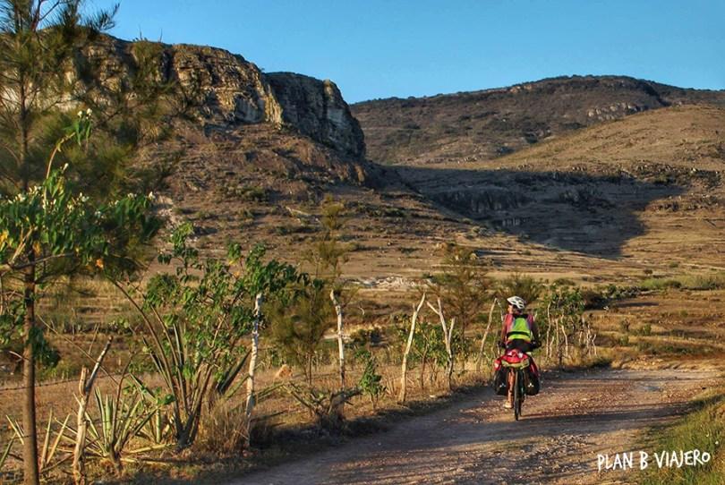 plan b viajero, hierve el agua, xaag, como llegar a hierve el agua, plan b viajero, hierve el agua oaxaca, viajar en bici por Oaxaca