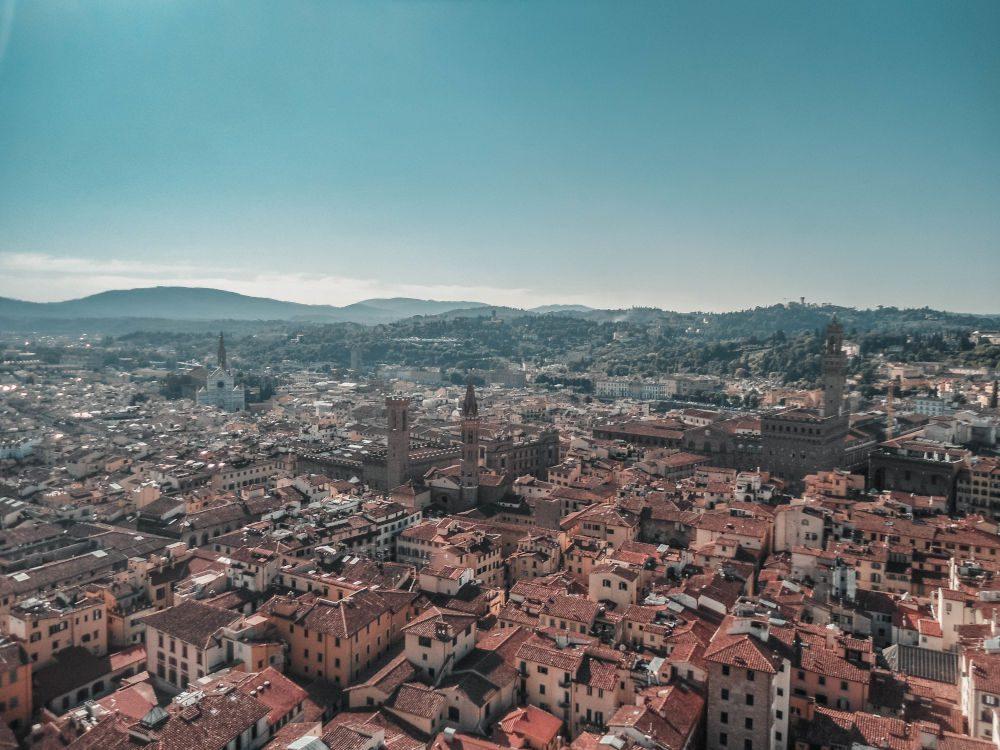 Italienische Stadt von oben