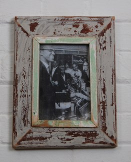 a5_292_rustic_distressed_frame