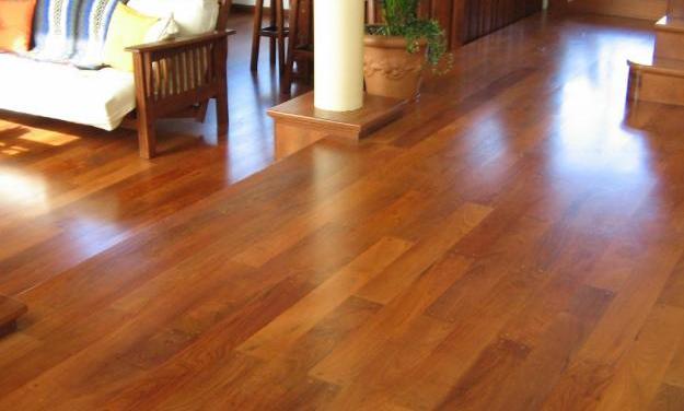 Pisos de madera, beneficios y consejos útiles para su mantenimiento