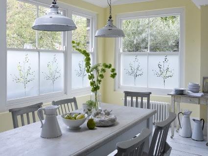 Vinilos decorativos para ventanas – Prácticos y originales