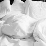 Aprende a decorar una cama: 5 Tips que debes saber.