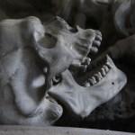 Estilo Gótico Moderno: cómo vivir en una auténtica Casa del Terror.