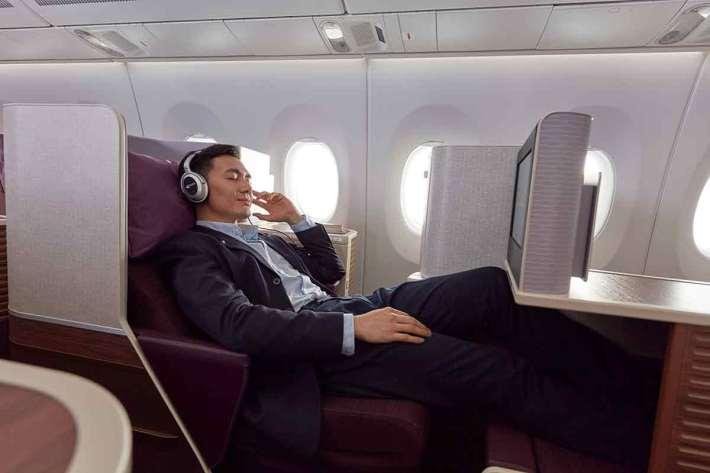 Thai AIrways A350 Royal Silk business class seat room
