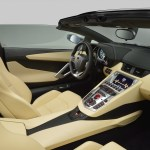 The new Lamborghini Aventador LP700-4 Roadster interior