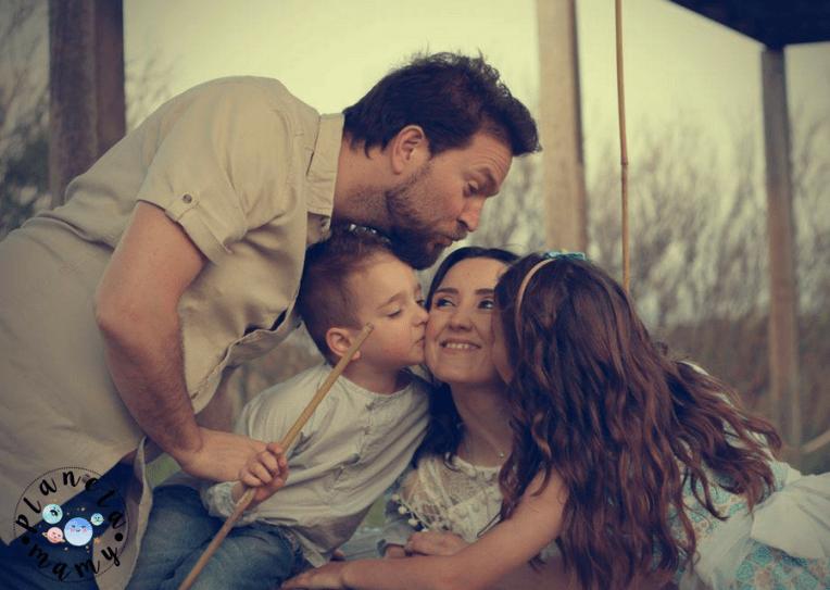 abrazo de familia