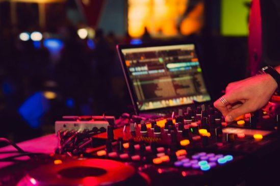 DJ techno music equipment live set