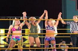 Asuka ganó anoche en Tampa junto a Lacey Evans & Liv Morgan