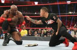 Bobby Lashley es el nuevo WWE Intercontinental Champion