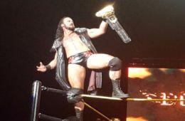 NXT en St. Catharine