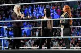 Paige anuncia una battle royal donde la ganadora se enfrentará a Becky Lynch y Charlotte en un TLC Match en TLC