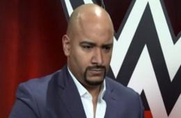 Razón por la que Jonathan Coachman no estuvo en WWE RAW esta semana
