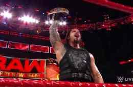 Roman Reigns retiene en RAW