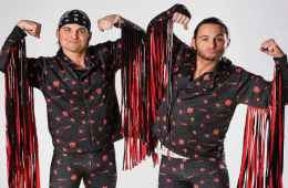 The Young Bucks no consiguen los cinturones en Wrestle Kingdom 13