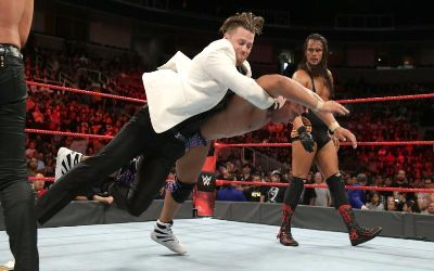 The Miz ataca a Jason Jordan en RAW
