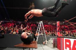 WWE RAW 10 diciembre
