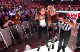 WWE RAW EN VIVO 23 DE ABRIL