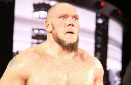 WWE deshecha planes para Lars Sullivan