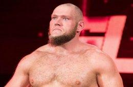 WWE estaría planeando un estilo parecido a Braun Strowman para Lars Sullivan cuando suba al roster principal