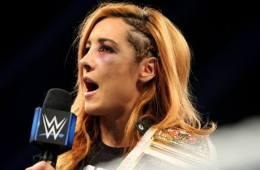 Becky Lynch será la nueva Stone Cold Steve Austin
