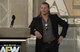 Jericho firmando con AEW