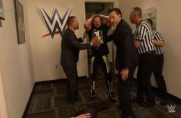 AJ Styles ataca a Vince McMahon en WWE Smackdown