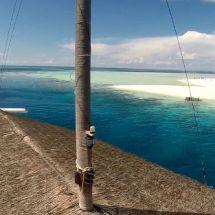 maldives-dhonistella2-boat-beach