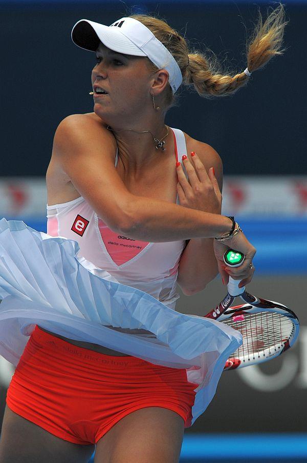 Sous les jupes des joueuses de tennis  PlaneteBuzz