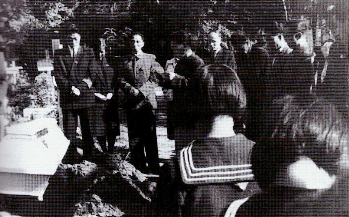 La cérémonie funéraire de Kim Ki-dok, le 23 septembre 1955, Cimetière Osobowice, Wrocław