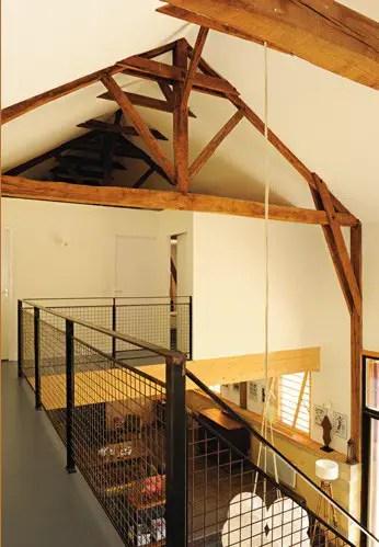 un loft dans un ancien s choir tabac planete deco a homes world. Black Bedroom Furniture Sets. Home Design Ideas