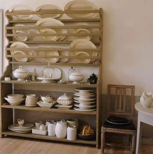 elegance gustavienne planete deco a homes world. Black Bedroom Furniture Sets. Home Design Ideas
