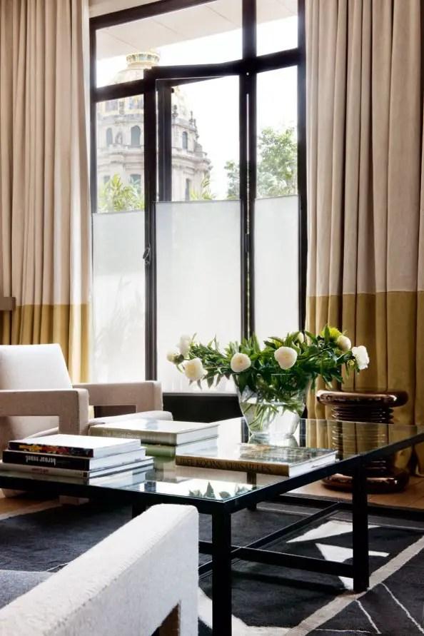 un appartement d 39 architecte paris planete deco a homes world. Black Bedroom Furniture Sets. Home Design Ideas