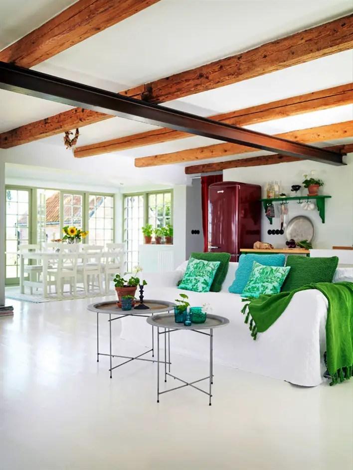 Un cottage de style anglais dans la campagne suédoise - PLANETE DECO ...