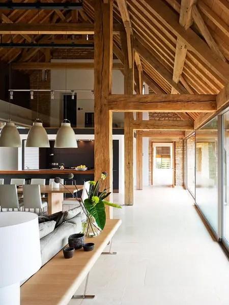 une grange r nov e dans les costwolds planete deco a homes world. Black Bedroom Furniture Sets. Home Design Ideas