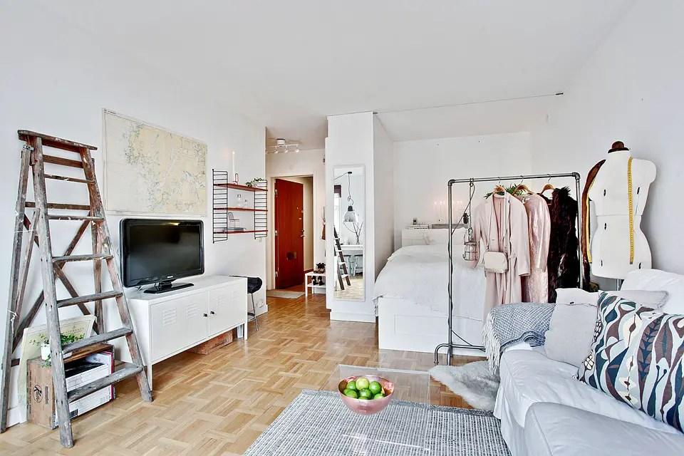 th me d co petit appart deviendra grand au caf des pipelettes. Black Bedroom Furniture Sets. Home Design Ideas