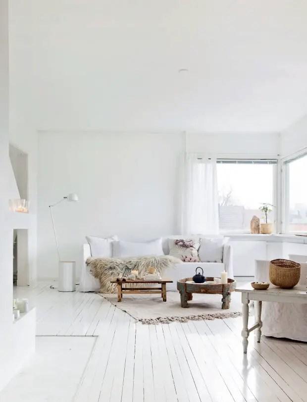 une maison blanche en norv ge planete deco a homes world. Black Bedroom Furniture Sets. Home Design Ideas