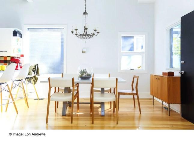 Calgary, Canada ID580(Interior designer) 12 -® Lori Andrews (Copier)