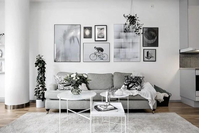 une chambre sous les toits planete deco a homes world. Black Bedroom Furniture Sets. Home Design Ideas
