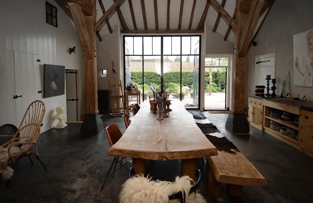 decoration maison flamande - une ancienne ferme en tons gris s planete deco a homes world