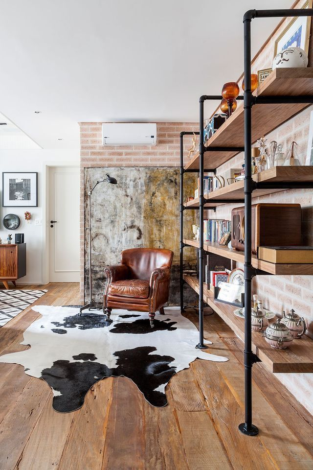It4s in são paulo that kika tiengo arquitectura built this 95 m² loft in the heart of the great brazilian city vintage and classic designs blend together