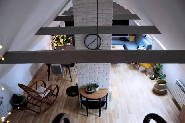 Un loft polonais rempli de plantes