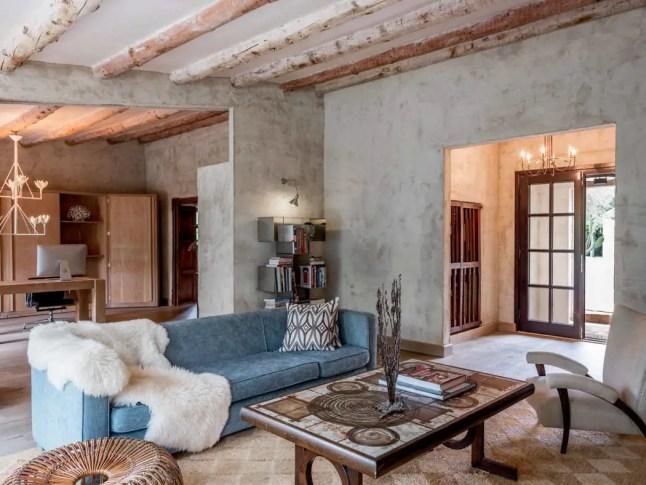 Une fabuleuse maison espagnole faîte de plusieurs bâtiments