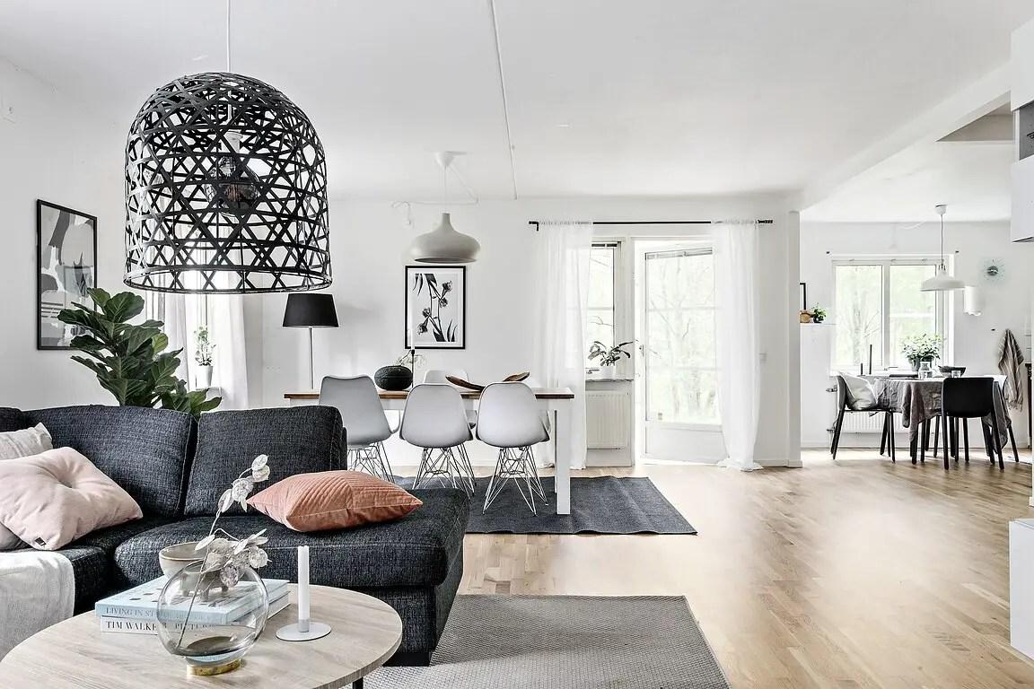 une terrasse entour e d 39 arbres pour un appartement. Black Bedroom Furniture Sets. Home Design Ideas