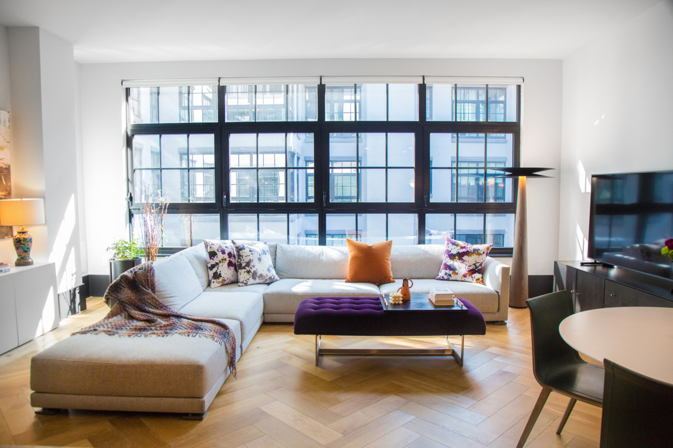 Un appartement contemporain à Brooklyn aux touches rétro chic