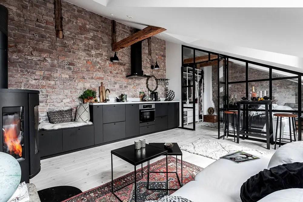 Un parfait studio sous les toits plein de personnalité