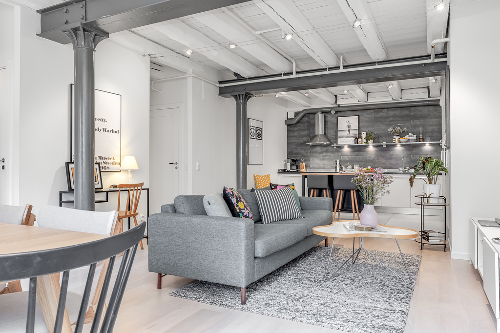 Ce loft suédois a conservé ses éléments authentiques qui en font tout l'intérêt