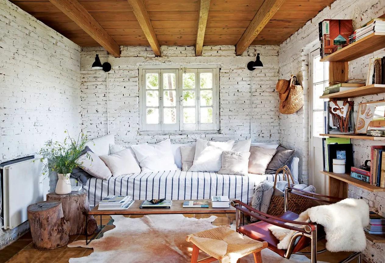 Cette maison abandonnée est devenue un refuge de campagne parfait pour une famille