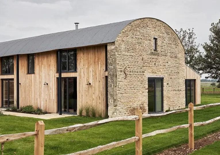 Une grange ancienne et moderne dans les Cotswolds par Pippa Paton Design